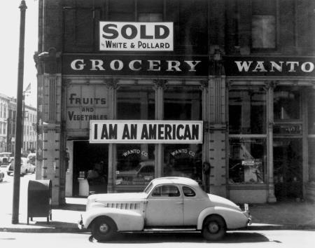 I Am an American - Lange